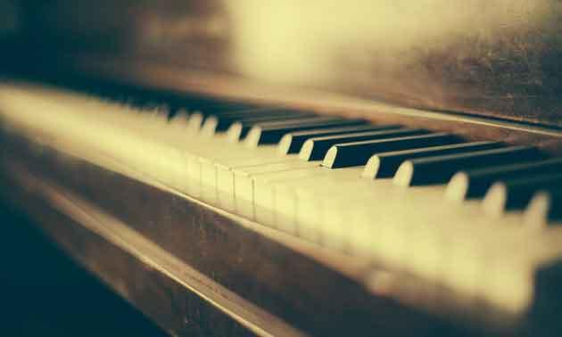 clavio-projekt-2018-vogelstimmen-klavier.jpg