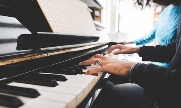 klavier-spielen.jpg