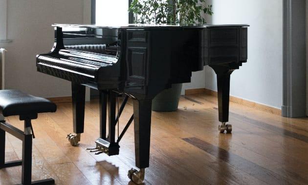Piano_gebraucht.jpg