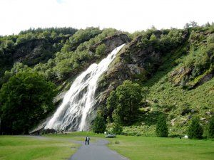 5 powerscourt waterfall.jpg