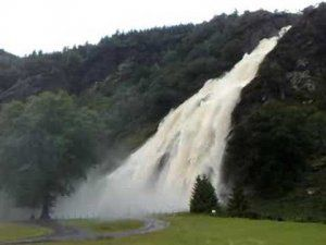 6 powerscourt waterfall.jpg